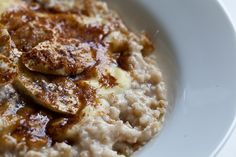 creme brulee oatmeal with bananas. oh, my.