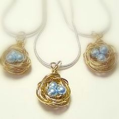 Learn how to make a beautifully handcrafted bird's nest necklace with this free tutorial on Craftsy. It's fun, fast and easy, and perfect for spring!