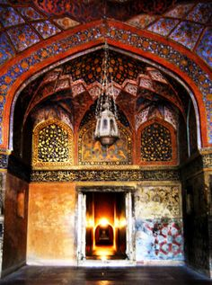 Painted entrance chamber in Akbar's Tomb