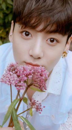Jikook, Bts Jungkook, V Chibi, Kpop, Jung Kook, Bts Korea, Bts Lockscreen, Album Bts, Bts Video