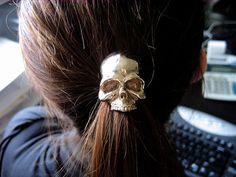 skull hair candy.