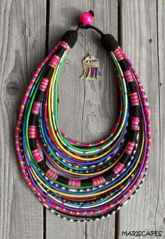 Today's feature in the APIF Gift Guide is the accessory label Mariscapes. Self-taught artist Marishka has an Ukrainian, American and Polish background. The accessories are inspired by Maasai necklaces