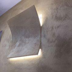 Tipologia: Applique da incasso a parete Materiale: Gesso Ceramico Specificità: Effetto a scomparsa e illuminazione bi-emissione Illuminazione: LED Samsung integrato Foro per installazione: 28 x 28 cm Tempi di spedizione: 5 giorni