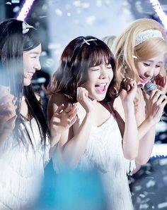 150905 DMC Festival K-pop Super Concert #girls generation#snsd#lee soonkyu#tiffany hwang#seo joohyun#sunny#seohyun#tiffany#perf#lion heart#my edits#2015#150905
