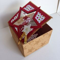 Kathryn's Stampin' World - Shaker Card, Shaker Gift Box, Stampin' Up! Star Shaker Card, Be the Star, Star Framelit, Christmas Card, Stampin up Be the Star