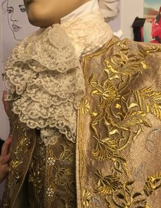 Outlander Costume (@OutlanderCostum)   Twitter Louis Xiv Versailles, Terry Dresbach, Outlander Costumes, 18th Century Costume, 18th Century Clothing, Frock Coat, Medieval Costume, Beauty And The Beast, Frocks