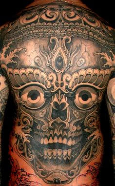 Filip Leu tattoo artist from Switzerland (my home country), I had the luck to see him tattoo freehand live in a convention... Bluffing !