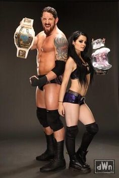 New Photos of Paige & Bad News Barrett Posing Together http://dailywrestlingnews.com/?p=65225