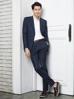 Jo In Sung is debonair as usual in another PARKLAND ad campaign. Check it!    Source | Parkland