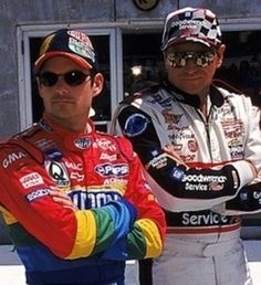 Jeff Gordon - Dale Earnhardt ... legends of racing (photo from www.bleacherreport.net)