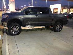 2013 lifted Toyota Tundra