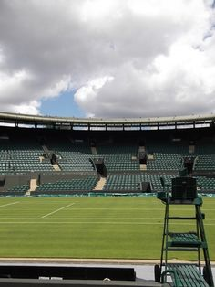 A Wimbledon tour is perfect to understand how the history of tennis as a sport for the elite and that became very popular around the world. Blog Love, Tour Guide, Around The Worlds, England, Tours, Sports, Tennis, Game, Sport