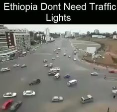 Ethiopia don't need traffic lights Stupid Funny, Funny Jokes, Hilarious, Funny Video Memes, Funny Videos, Wow Video, Wtf Fun Facts, Funny Clips, Really Funny