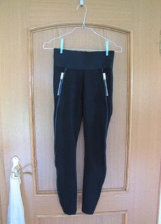 Kaufe meinen Artikel bei #Kleiderkreisel http://www.kleiderkreisel.de/damenmode/leggings/137391984-schwarze-leggings-von-esprit-in-grosse-xs