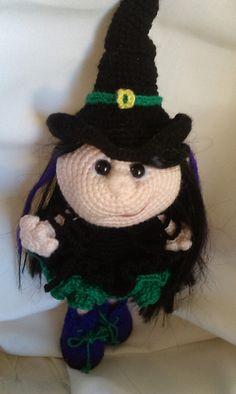 Ravelry: sage-dragon's Little Witch LittleOwlsHut Doll princess crochet pattern were used