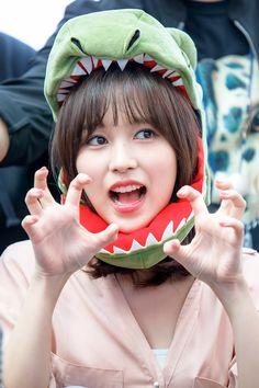Twice-Mina 180429 Fansign Event Nayeon, Kpop Girl Groups, Korean Girl Groups, Kpop Girls, Oppa Gangnam Style, Warner Music, Sana Momo, Myoui Mina, Twice Kpop