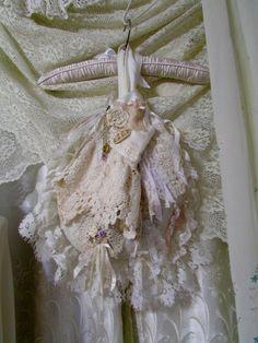 Ivory Lace Bag B soft layered lace handmade por TatteredDelicates