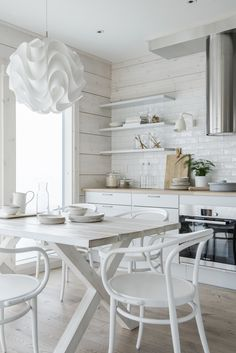 Strategy, tactics, also quick guide in pursuance of acquiring the most ideal result as well as making the maximum perusal of Scandi Kitchen White Dining Set, Wood Wall Design, White Tile Backsplash, Home Decor Quotes, Interior Design Tips, Beautiful Interiors, Cheap Home Decor, Home Renovation, Home Decor Inspiration