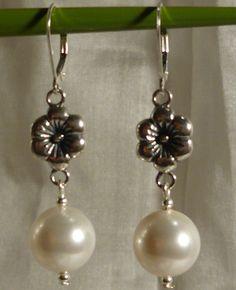 Beautiful Sterling Silver Flower Link Earrings with Pearl