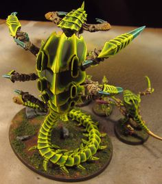 My Tyranid swarm as it is painted up and consumes its enemies. Warhammer Figuren, Warhammer Art, Warhammer 40k Miniatures, Warhammer 40000, Paint Schemes, Colour Schemes, Warhammer 40k Tyranids, Game Workshop, Mini Paintings