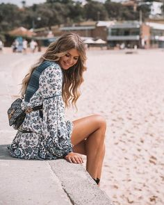 Jewels Vintage Hippie Floral Dress 💙 Awesome fashion clothes for stylish women from Zefinka Boho Fashion, Vintage Fashion, Fashion Outfits, Womens Fashion, Fashion Clothes, Fashion Wear, Whimsical Fashion, Fashion Top, Trendy Fashion
