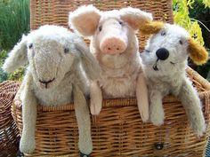 Drei Freunde (Schaf, Schwein und Terrier, Klappmaulpuppen aus Mohair)  http://www.barleben-handspielpuppen.de/barleben