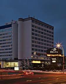 Delta Edmonton Centre Times Square, Multi Story Building, Street View, Places, Centre, Travel, Viajes, Trips, Tourism
