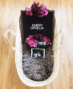 Fantastic baby arrival info are readily available on our site. Check it out and you wont be sorry you did. Baby Pictures, Baby Photos, Names Girl, Names Baby, Baby Registry Checklist, Cute Maternity Outfits, Maternity Pictures, Fantastic Baby, Pregnant Mom