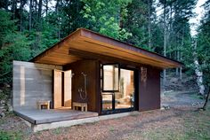 Tiny House / Casa pequeña / Casa petita Salt Spring Island Cabin by Olson Sundberg Kundig Allen Architects. 191 SF cabin with shower porch. Steel Cladding, Glass Facades, Cabins And Cottages, Tiny Cabins, Cabin Homes, Bungalows, Cabins In The Woods, Little Houses, Tiny Houses