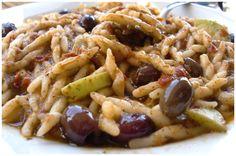 Trofie con seppie e olive