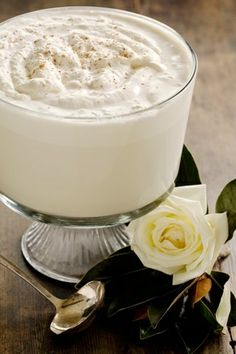 Traditional Eggnog - Top Cocktail Recipes - Christmas Cocktails #topcocktailrecipes #christmascocktails