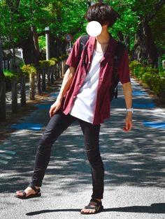 オープンカラーシャツコーデ💁🏻♂️☀️ Boy Fashion, Mens Fashion, Fashion Outfits, Outfits For Teens, Boy Outfits, Classic Style, My Style, Style Men, Estilo Retro