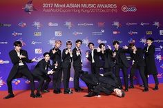 Wanna One on Red Carpet with B-boy Daniel Asian Music Awards, You Are My World, My Big Love, Kim Jaehwan, First Anniversary, Ha Sungwoon, My Destiny, Happy Reading, Together Forever