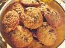 Receita de Biscoito de Proteina de Soja com Cacau - biscoitos em colheradas com distância de 4cm entre eles. Asse em forno médio por aproximadamente 10 minutos ou até dourar levemente. ...