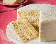 Vanilla Malted Milk Cake - Bake from Scratch Malt Recipe, Icing Recipe, Milk Biscuits, Milk Cake, Malted Milk, Pumpkin Spice Cupcakes, Cake Ingredients, Savoury Cake, Cupcake Cakes