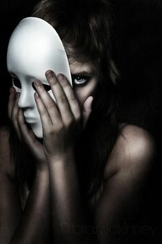New Art Photography Portrait Masks Ideas Dark Photography, Conceptual Photography, Creative Photography, Emotional Photography, Artistic Portrait Photography, Dramatic Photography, Woman Photography, Photoshop Photography, Photography Projects