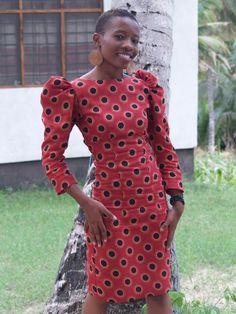 SUBIRA WAHURE: MBUMI IN SUBIRA WAHURE PADDED SHOULDER POLKA DOTS DRESS