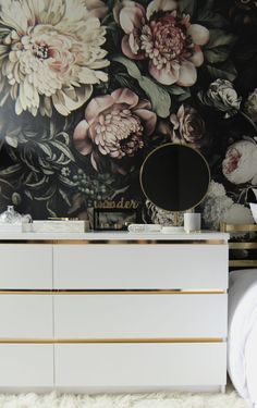 Gild your Malm dresser with gold contact paper. Gild your Malm dresser with gold contact paper. Ikea Hacks, Hacks Diy, Gold Contact Paper, Ikea Dresser Hack, Ikea Hack Gold, Ikea Lack Hack, Ikea Malm Drawers, Diy Dressers, Dresser Ideas
