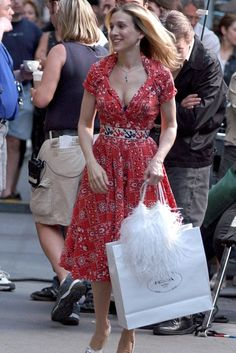 Carrie Bradshaw style highs & lows   Sex and the City fashion   Sarah Jessica Parker pics