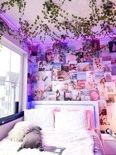 Indie Room Decor, Cute Bedroom Decor, Room Design Bedroom, Room Ideas Bedroom, Teen Room Decor, Aesthetic Room Decor, Aesthetic Bedrooms, Bedroom Inspo, Dream Bedroom
