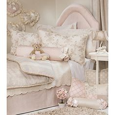 Glenna Jean Florence Bedding Collection