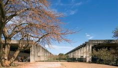 UnB - Instituto Central de Ciências, 1973 - Minhocão by Oscar Niemeyer