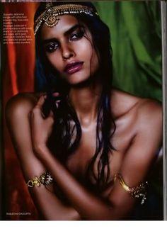 Lakshmi Menon in amazing Indian jewels!