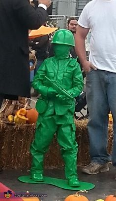 This is my 5 year old soon Dominic. He loves his plastic army men! He originally wanted to be an army man for Halloween, but I thought this would put a nice twist on it. This costume requires a lot of spray paint and many. He Man Costume, Army Men Costume, Army Halloween Costumes, Sock Hop Costumes, Lego Costume, Cute Costumes, Family Costumes, Halloween 2018, Halloween Masks
