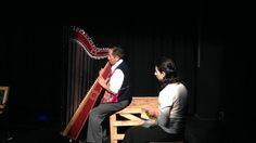#TeatroZumbayllu und Felix Strasser von #VADA im Stück #EinÖlGegenZweiEssige #VolXTheater #Theater #Schauspiel #Klagenfurt
