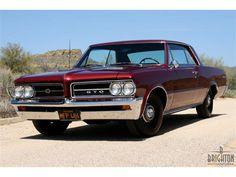 THE SIXTIES - 1964 Pontiac GTO Photo Gallery - ClassicCars.com & Hemmings Motor News