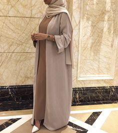 Modest Fashion Hijab, Modesty Fashion, Abaya Fashion, Modest Outfits, Stylish Outfits, Fashion Outfits, Islamic Fashion, Muslim Fashion, Mode Abaya