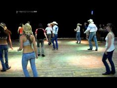 Red neck dancing grils — img 3