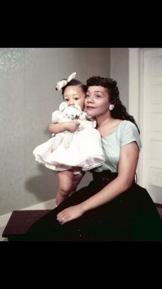 Corretta Scott King and daughter Yolanda