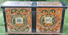 Antique rosemaled Norwegian  chest, dated 1852,  from a farm in  Norway.  Painted by famous Rosemaling artist, Trond Larson Hus, who painted many Norwegian chests and boxes.. His son was a famous Norwegian artist/ carver too.